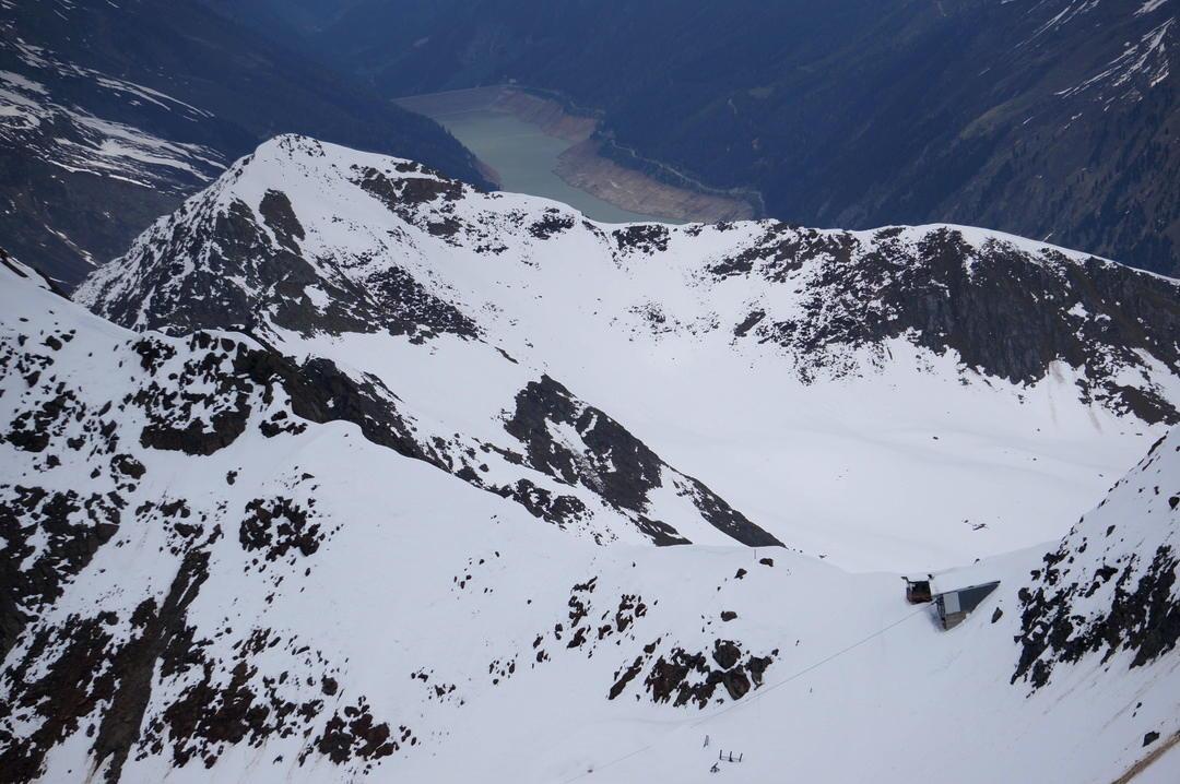 Kaunertal summer skiing